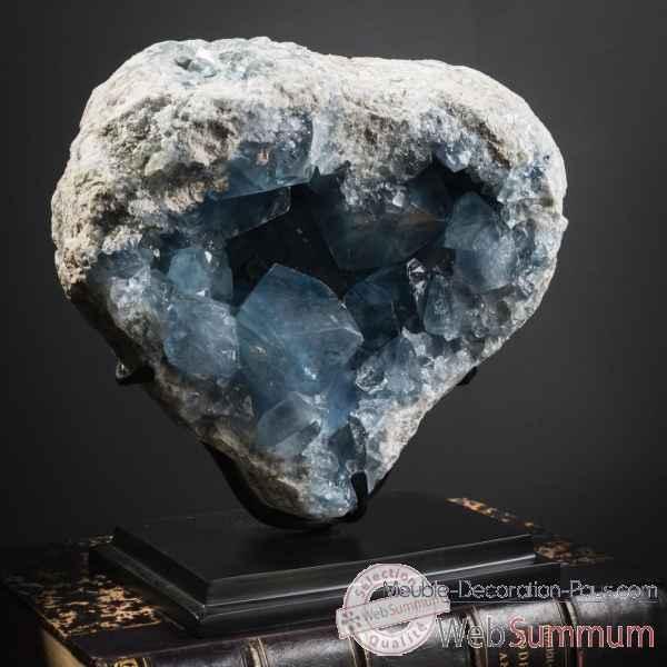 Achat de cristaux sur meuble decoration pays for Gros objet deco